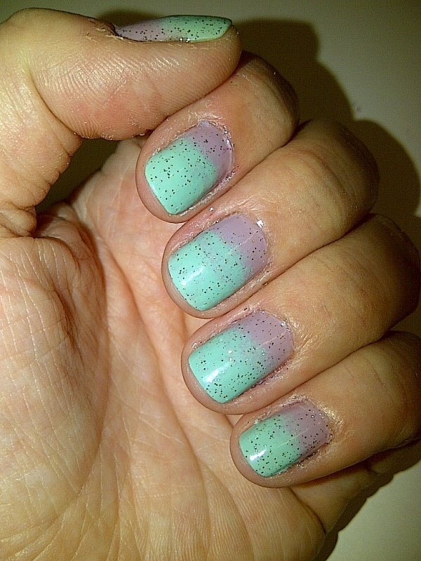 Step 6: apply one coat of your fine glitter polish and allow to dry. (this step is optional)