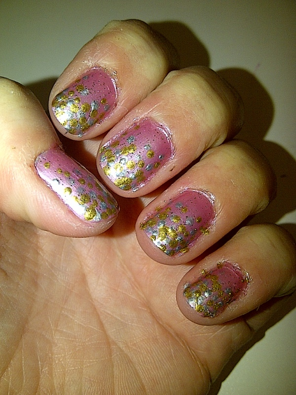Step 5: apply one coat of fine glitter polish and allow to dry. (this step is optional)