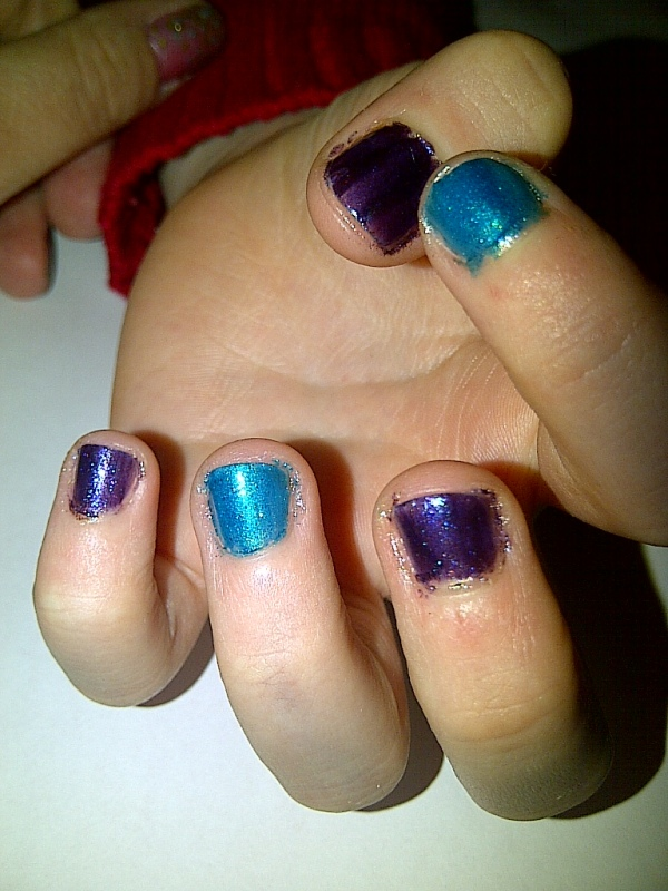 These are Shade 39 (green) and Shade 40 (purple). I applied two coats of each.