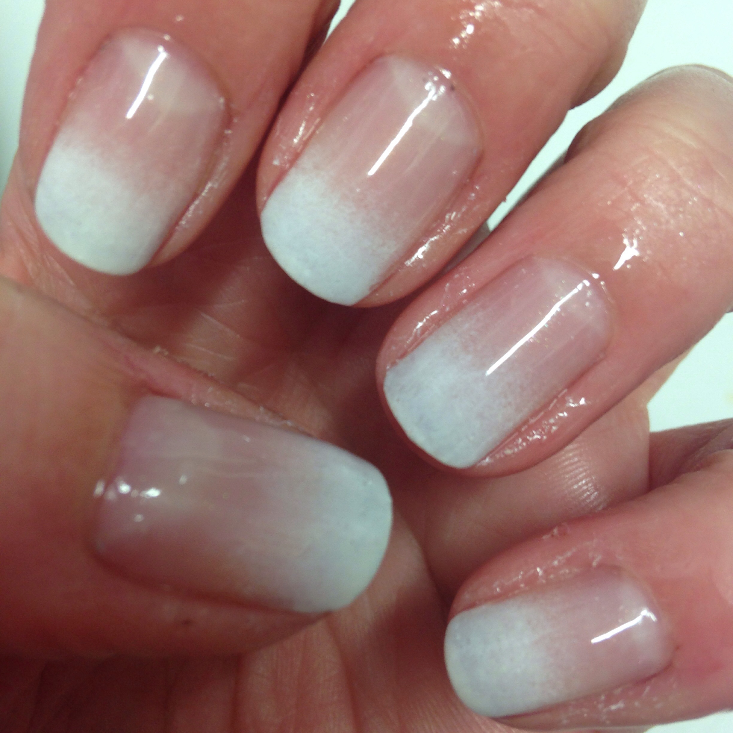 Easy Fadeout French Manicure | beginnersnailart\'s Blog