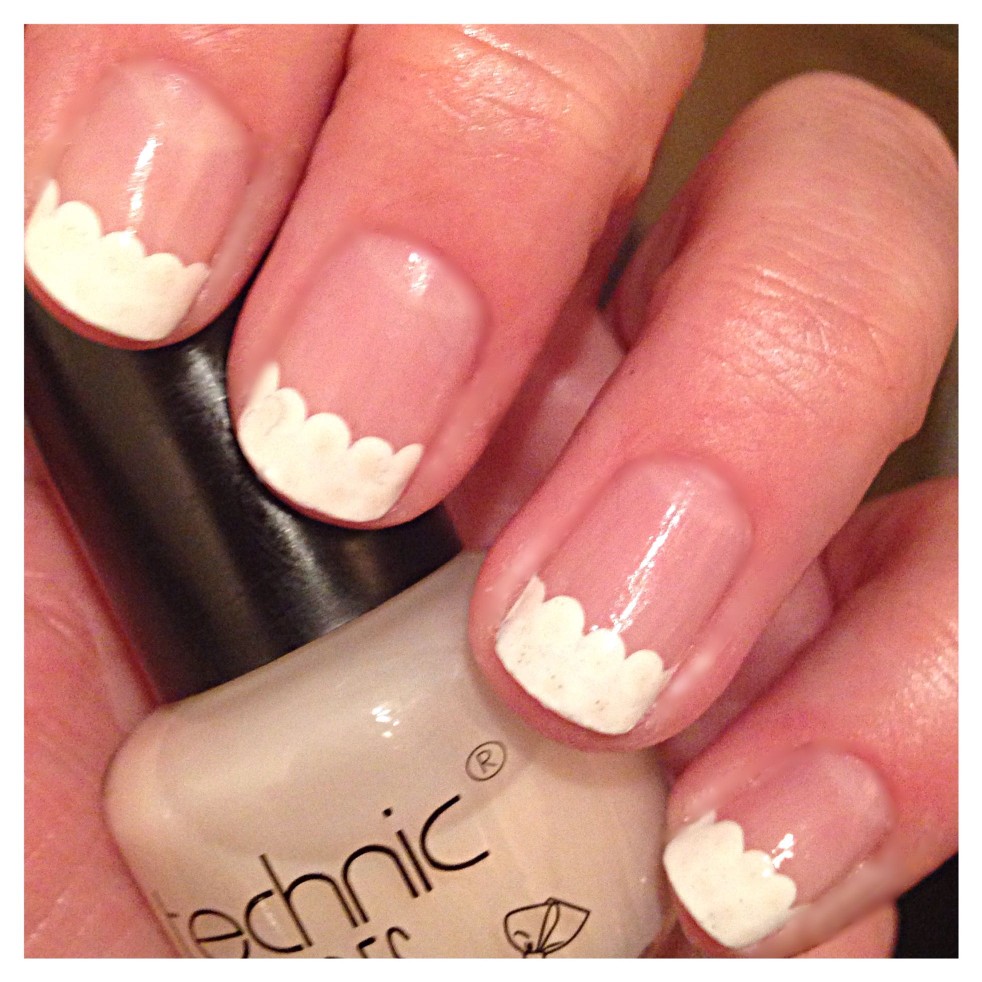 Easy Scalloped French Manicure | beginnersnailart\'s Blog
